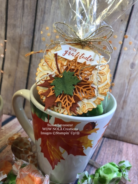 Susan Levasseur, WOW NOLA Creations, Seasonal Layers Holiday Gift