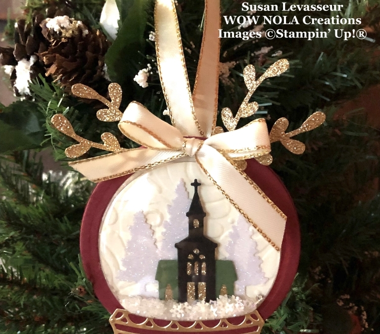 Snow Globe Christmas Ornament Gift Set